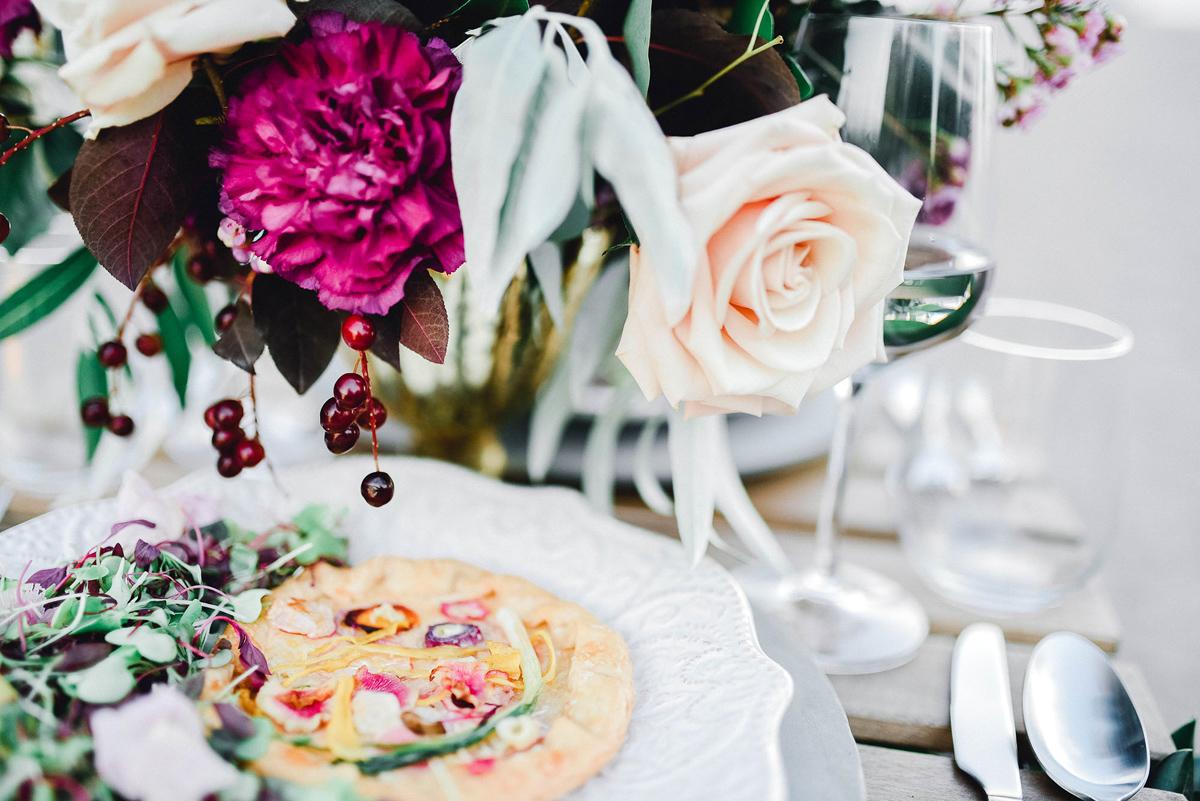 verveine-studios-vineyard-bride-swish-list-rouge-beach-park-scarborough-wedding-editorial-18.jpg