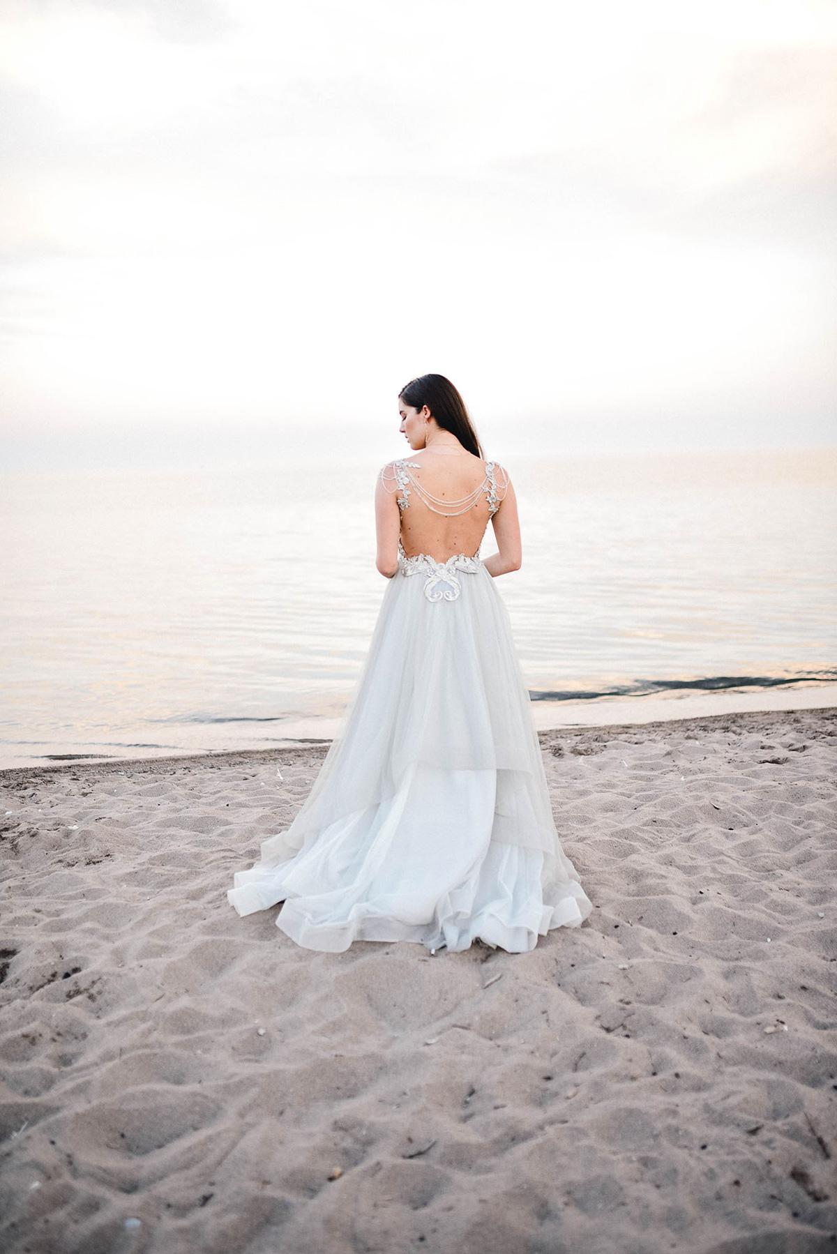 verveine-studios-vineyard-bride-swish-list-rouge-beach-park-scarborough-wedding-editorial-20.jpg