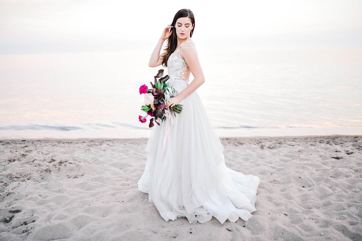 verveine-studios-vineyard-bride-swish-list-rouge-beach-park-scarborough-wedding-editorial-24.jpg