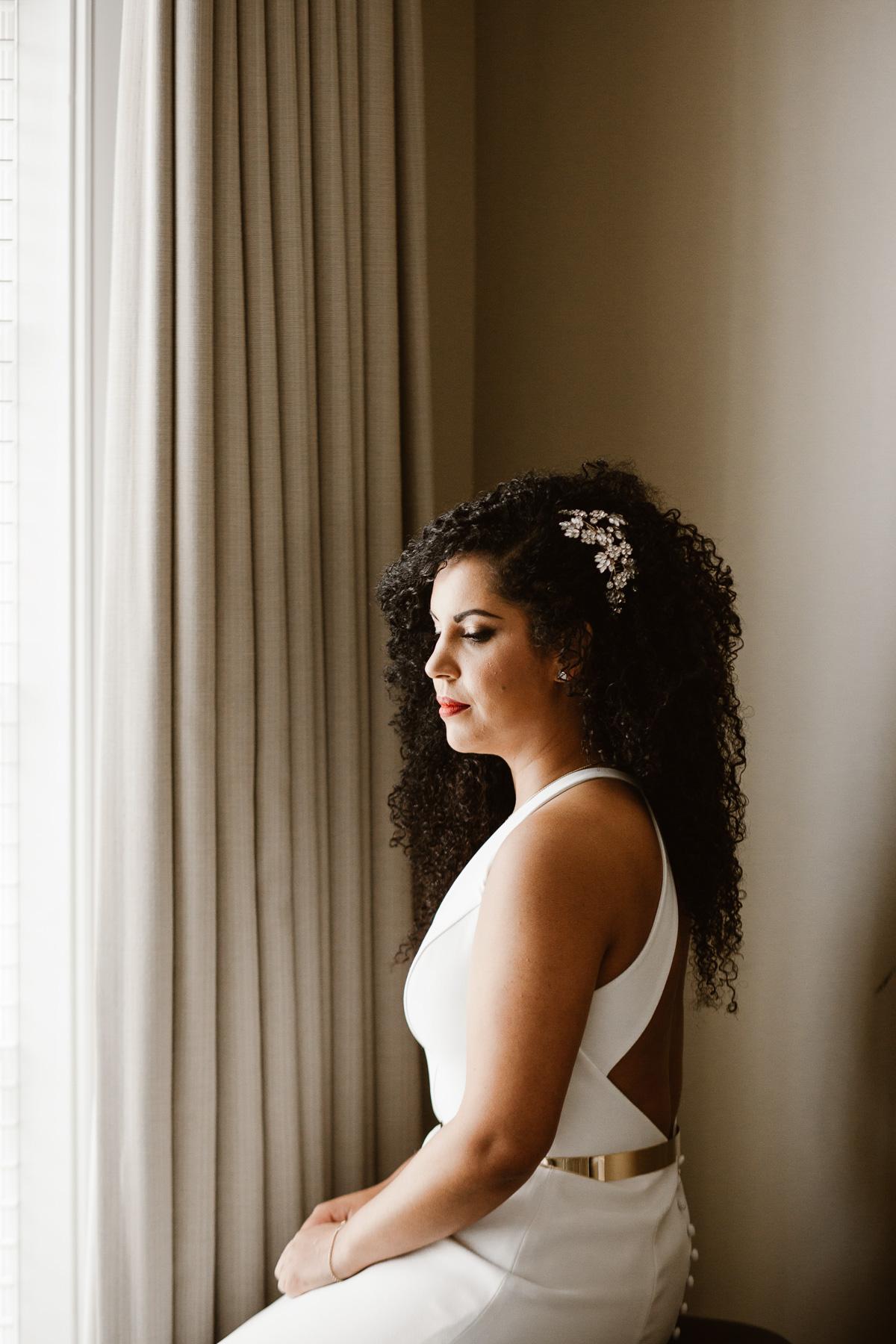 reed-photography-vineyard-bride-swish-list-stratus-winery-niagara-on-the-lake-wedding-15.jpg