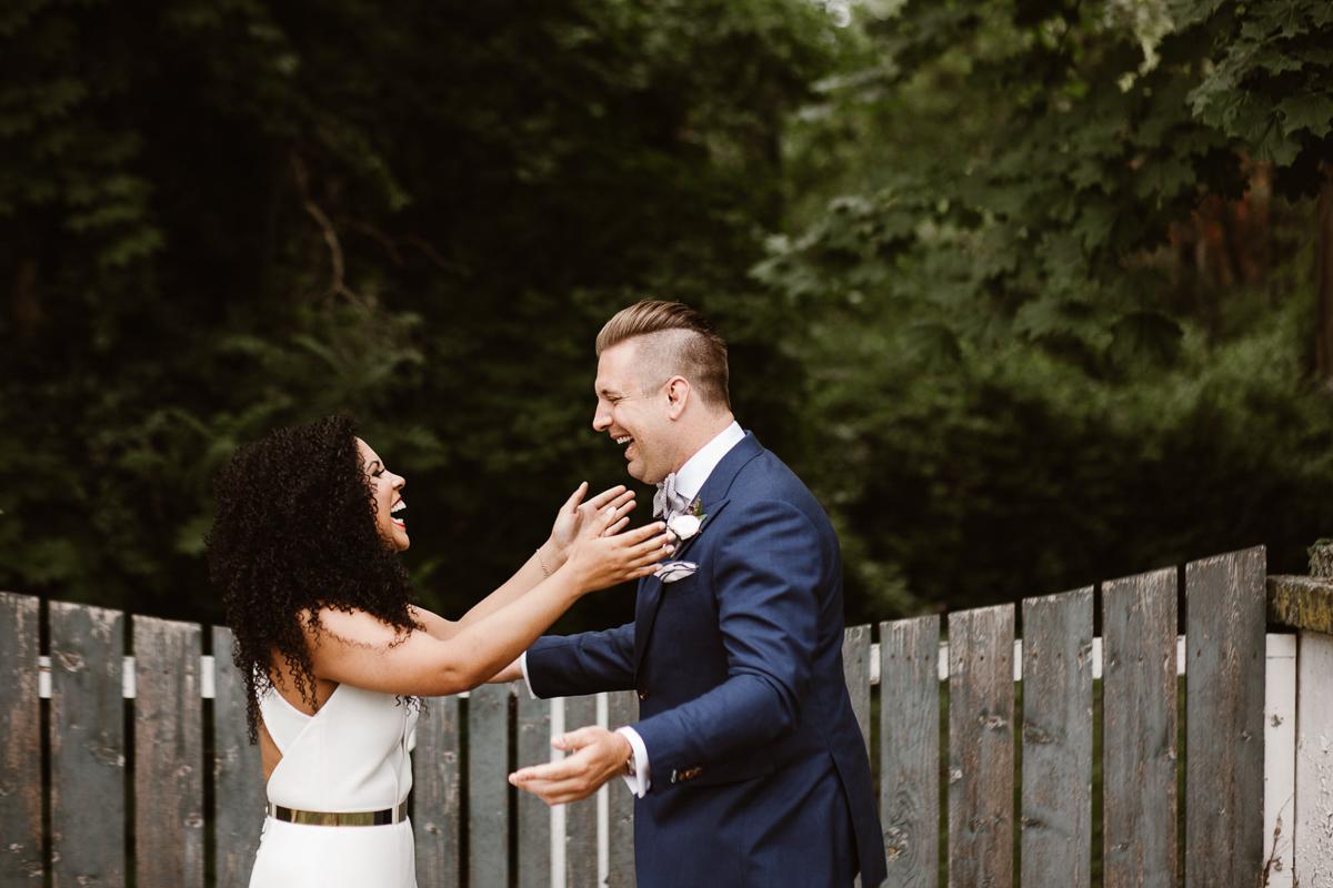 reed-photography-vineyard-bride-swish-list-stratus-winery-niagara-on-the-lake-wedding-19.jpg