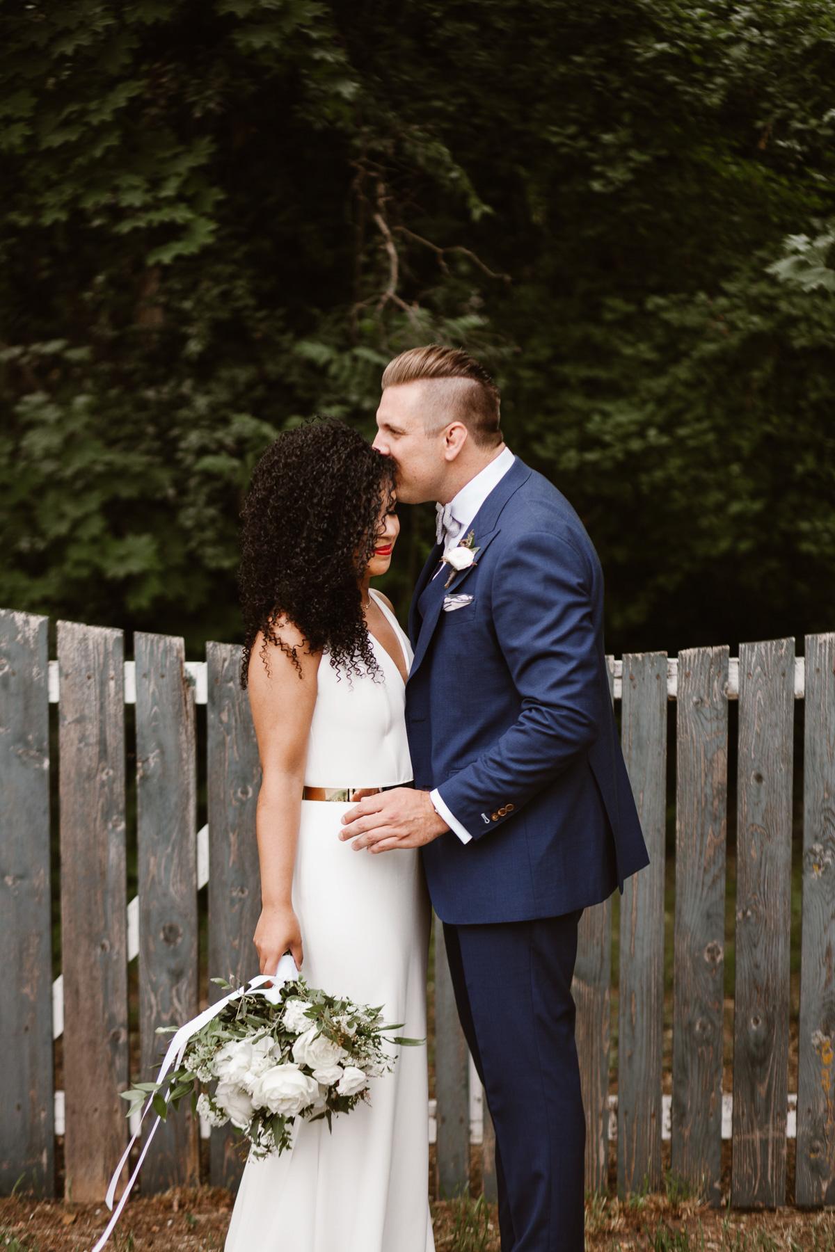 reed-photography-vineyard-bride-swish-list-stratus-winery-niagara-on-the-lake-wedding-23.jpg