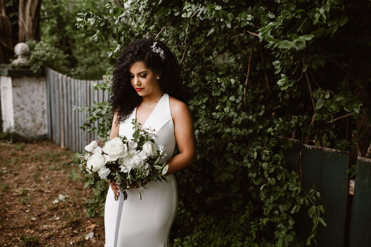 reed-photography-vineyard-bride-swish-list-stratus-winery-niagara-on-the-lake-wedding-26.jpg