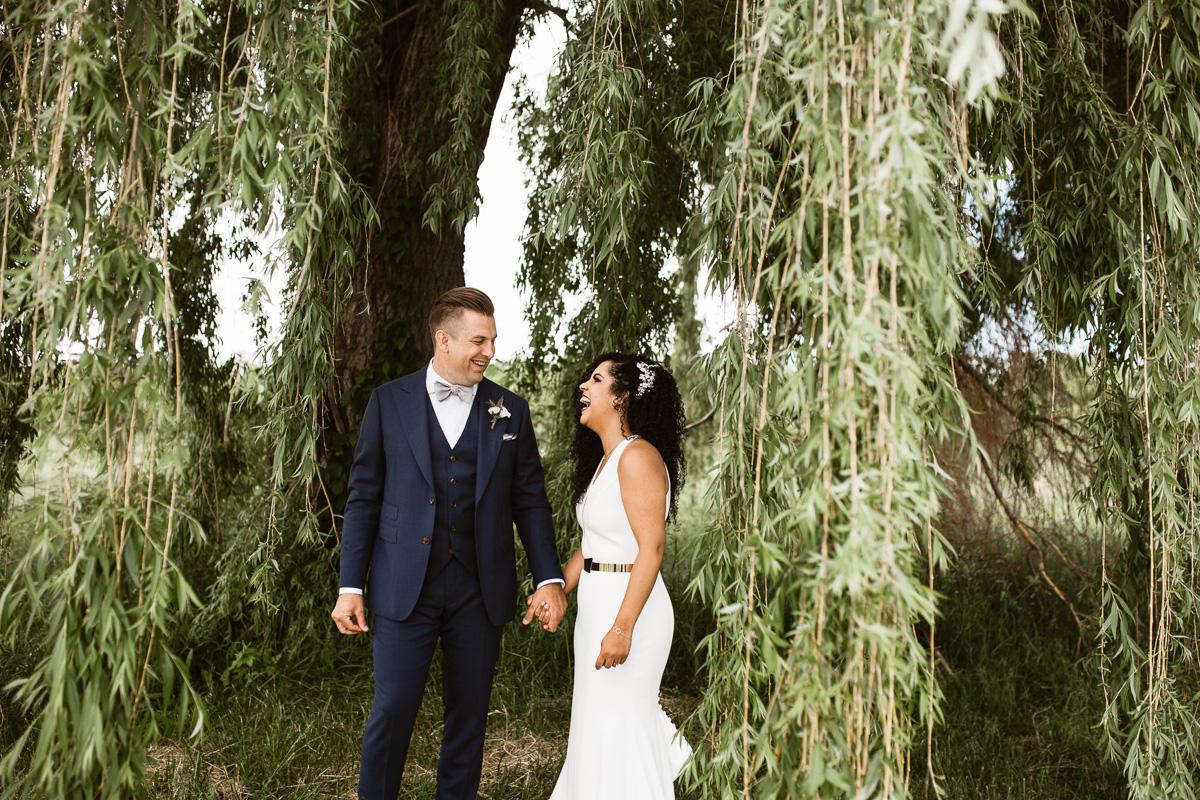 reed-photography-vineyard-bride-swish-list-stratus-winery-niagara-on-the-lake-wedding-29.jpg