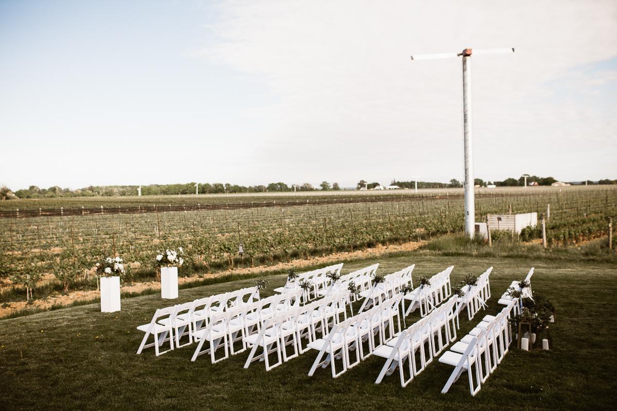 reed-photography-vineyard-bride-swish-list-stratus-winery-niagara-on-the-lake-wedding-40.jpg