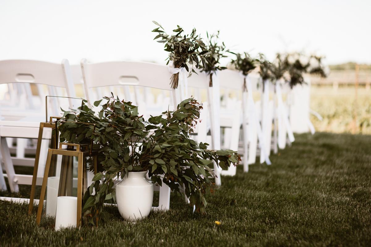 reed-photography-vineyard-bride-swish-list-stratus-winery-niagara-on-the-lake-wedding-41.jpg