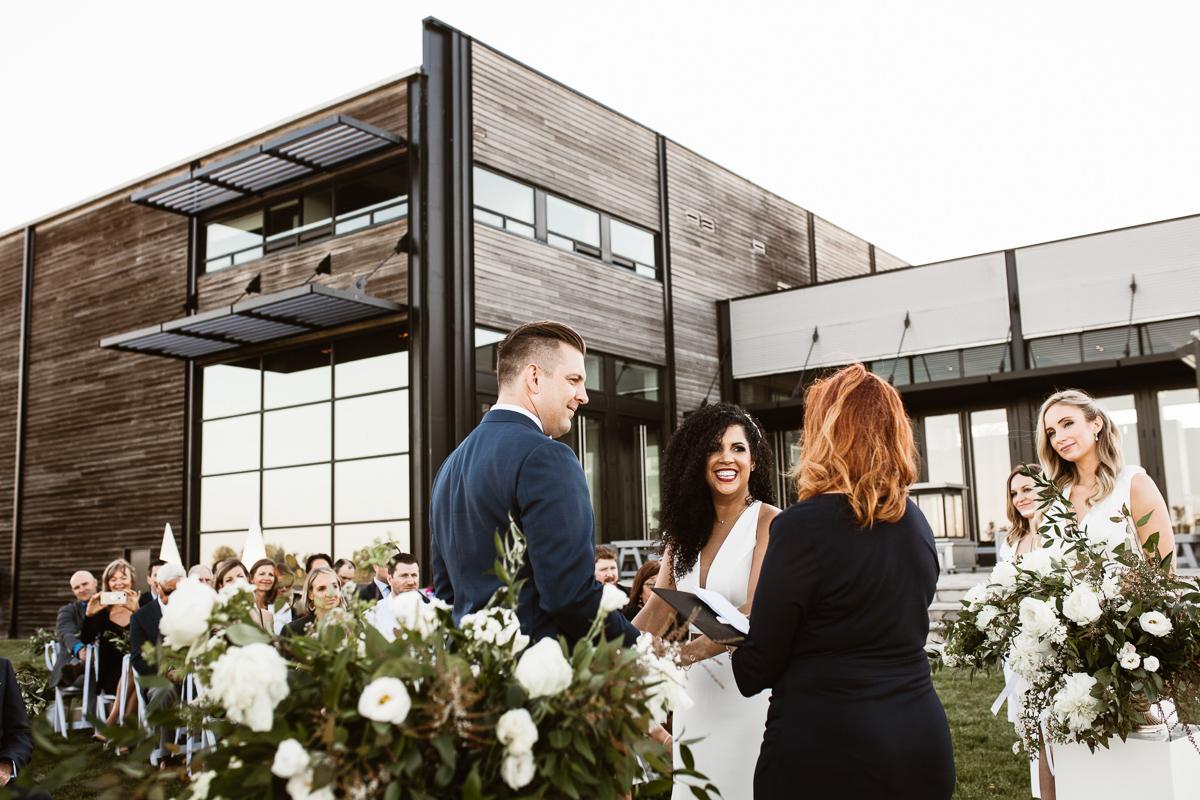 reed-photography-vineyard-bride-swish-list-stratus-winery-niagara-on-the-lake-wedding-47.jpg