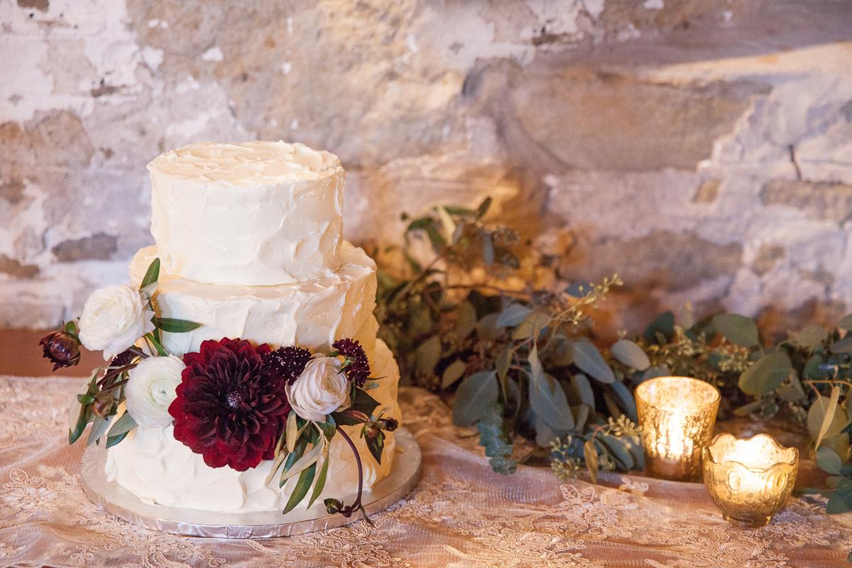 gemini-photography-vineyard-bride-swish-list-honsberger-estates-jordan-wedding-9.jpg