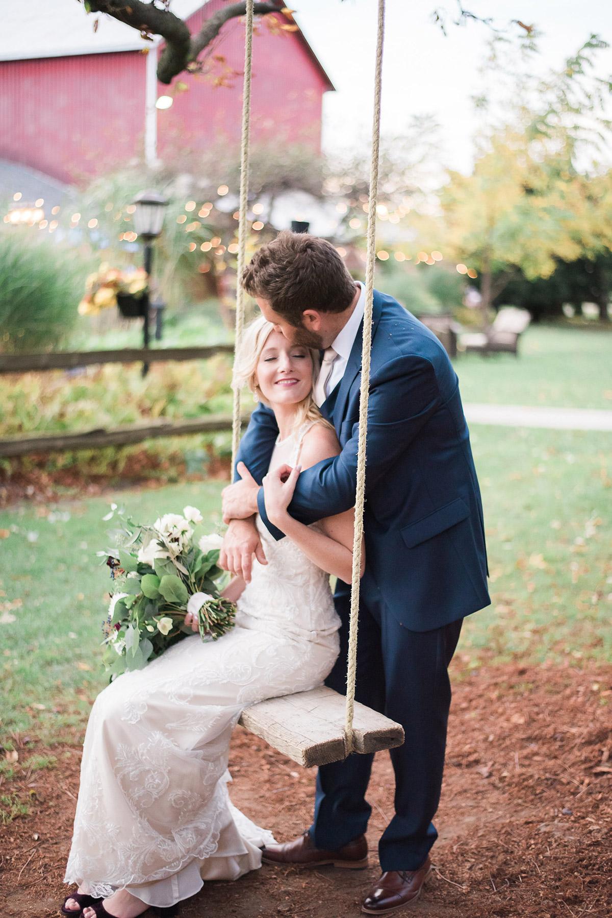 gemini-photography-vineyard-bride-swish-list-honsberger-estates-jordan-wedding-16.jpg