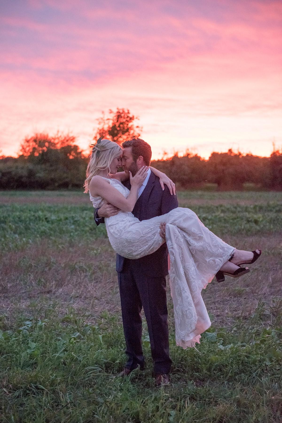 gemini-photography-vineyard-bride-swish-list-honsberger-estates-jordan-wedding-19.jpg