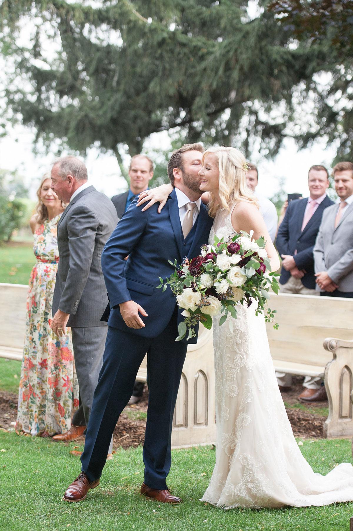 gemini-photography-vineyard-bride-swish-list-honsberger-estates-jordan-wedding-27.jpg