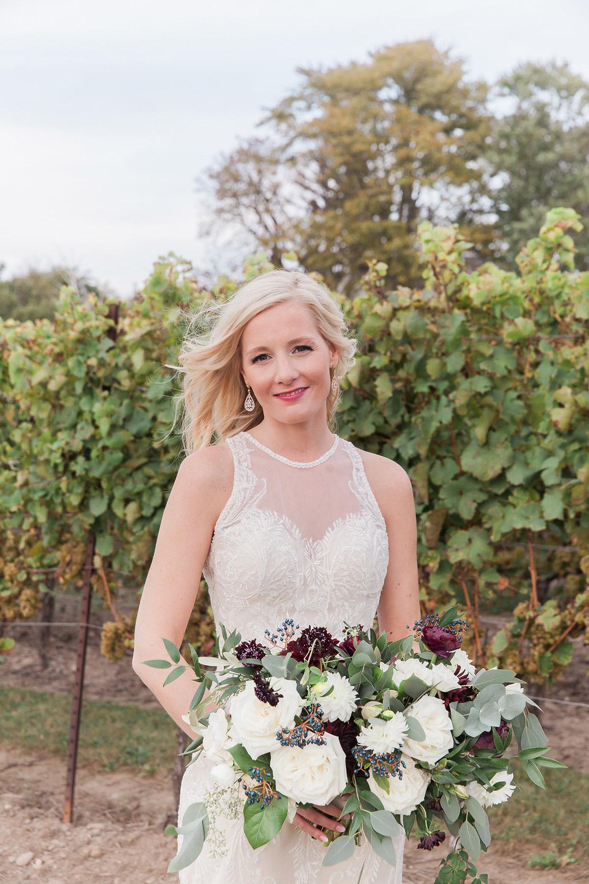 gemini-photography-vineyard-bride-swish-list-honsberger-estates-jordan-wedding-32.jpg