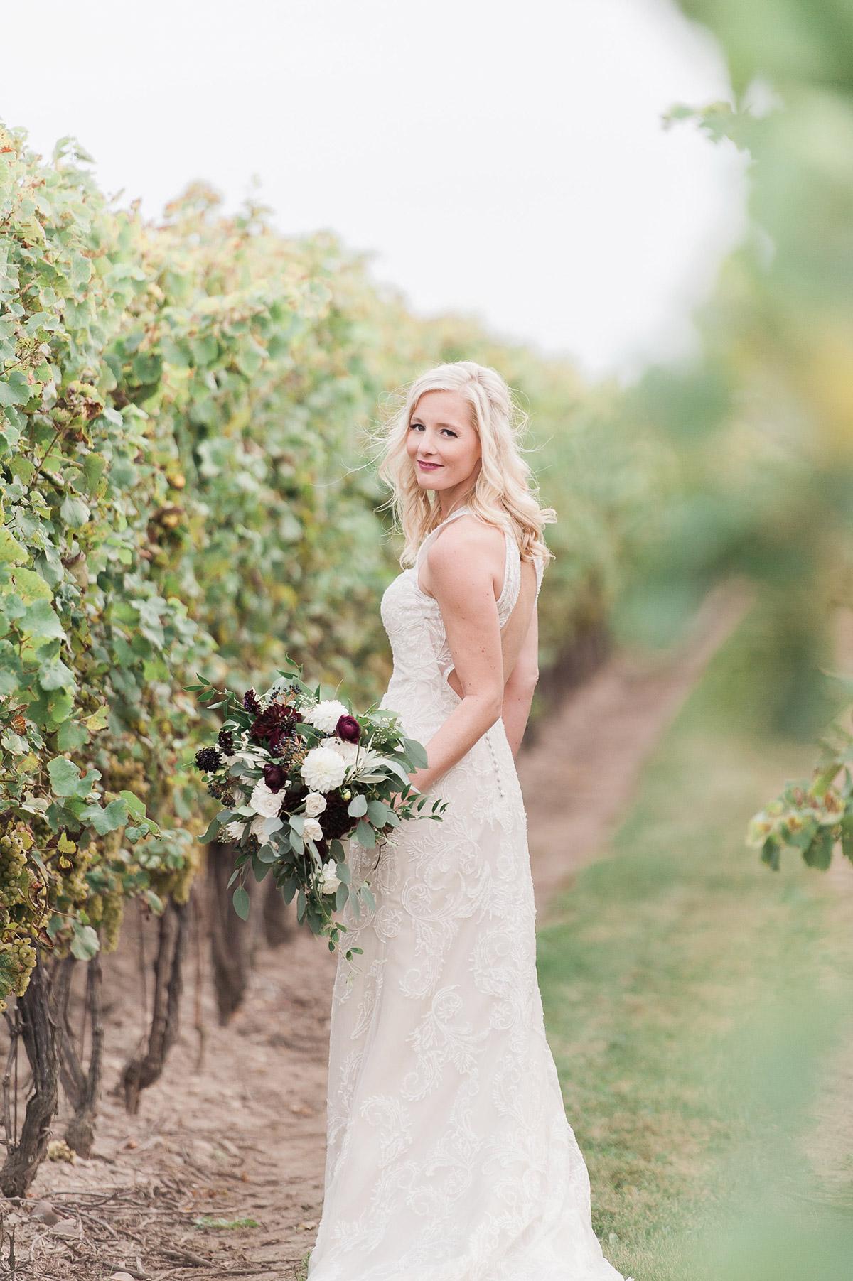 gemini-photography-vineyard-bride-swish-list-honsberger-estates-jordan-wedding-36.jpg