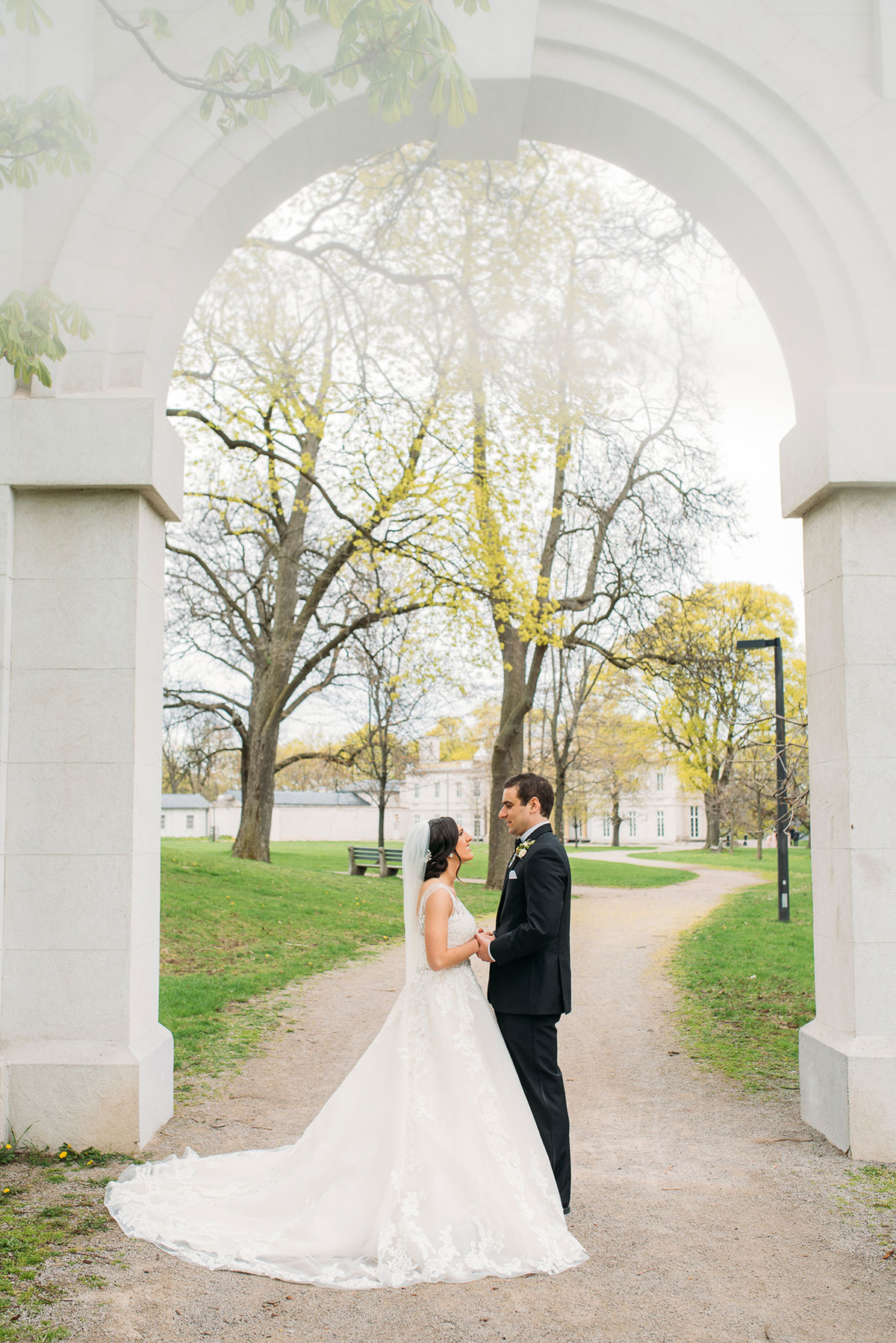 sounds-like-yellow-photography-vineyard-bride-swish-list-winona-vine-estates-winona-wedding-22.jpg