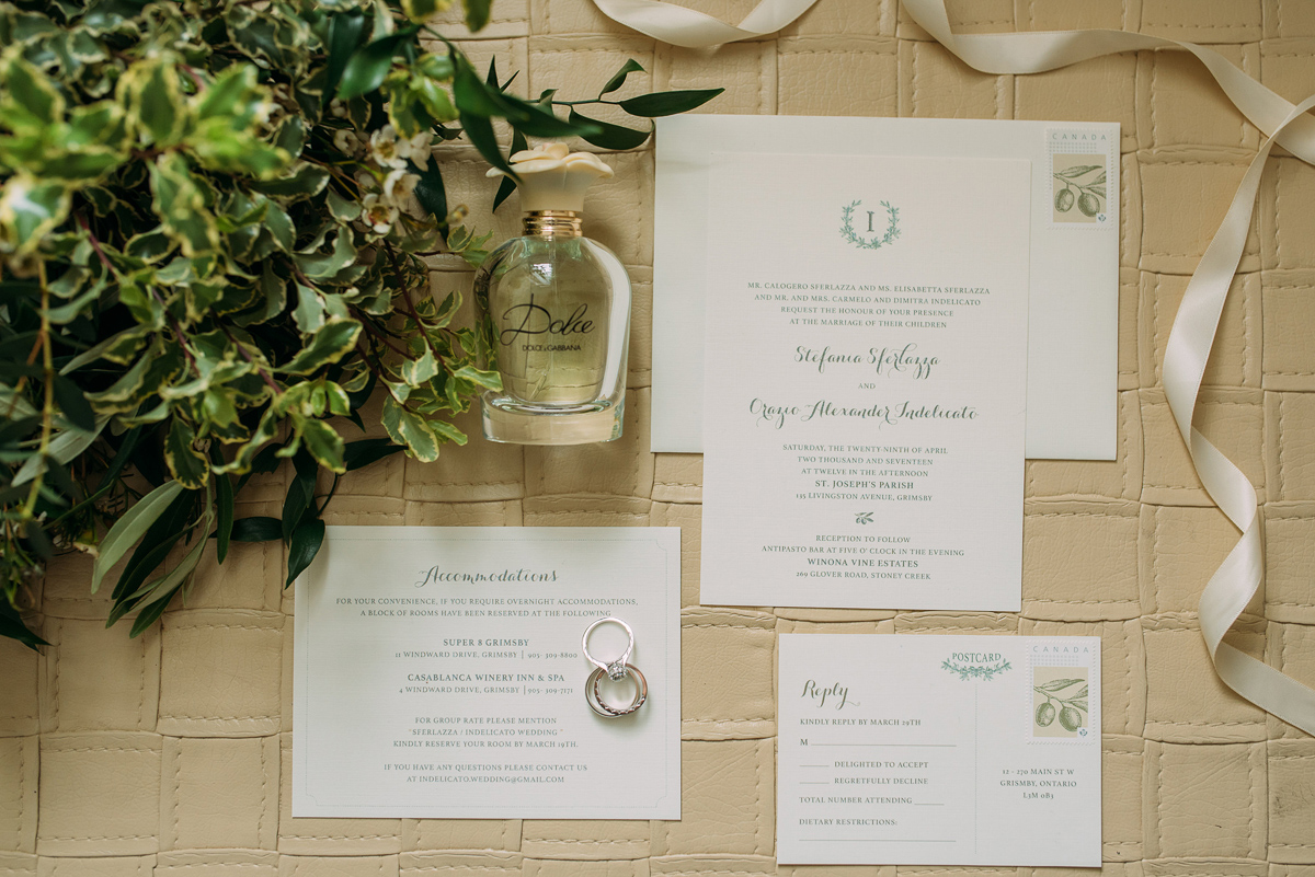 sounds-like-yellow-photography-vineyard-bride-swish-list-winona-vine-estates-winona-wedding-4.jpg