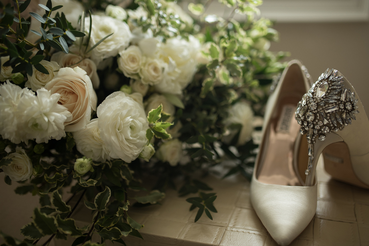 sounds-like-yellow-photography-vineyard-bride-swish-list-winona-vine-estates-winona-wedding-5.jpg
