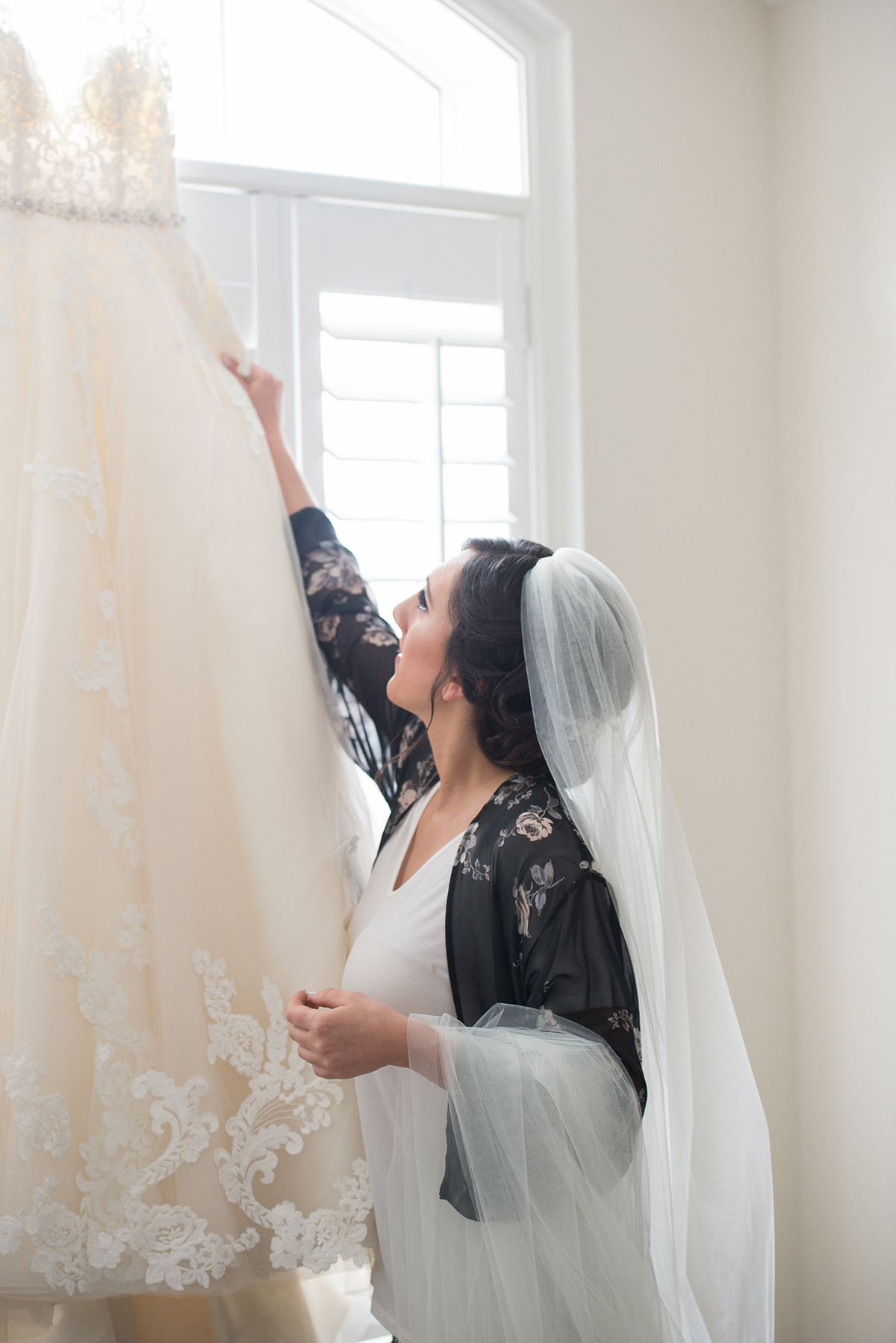 sounds-like-yellow-photography-vineyard-bride-swish-list-winona-vine-estates-winona-wedding-6.jpg