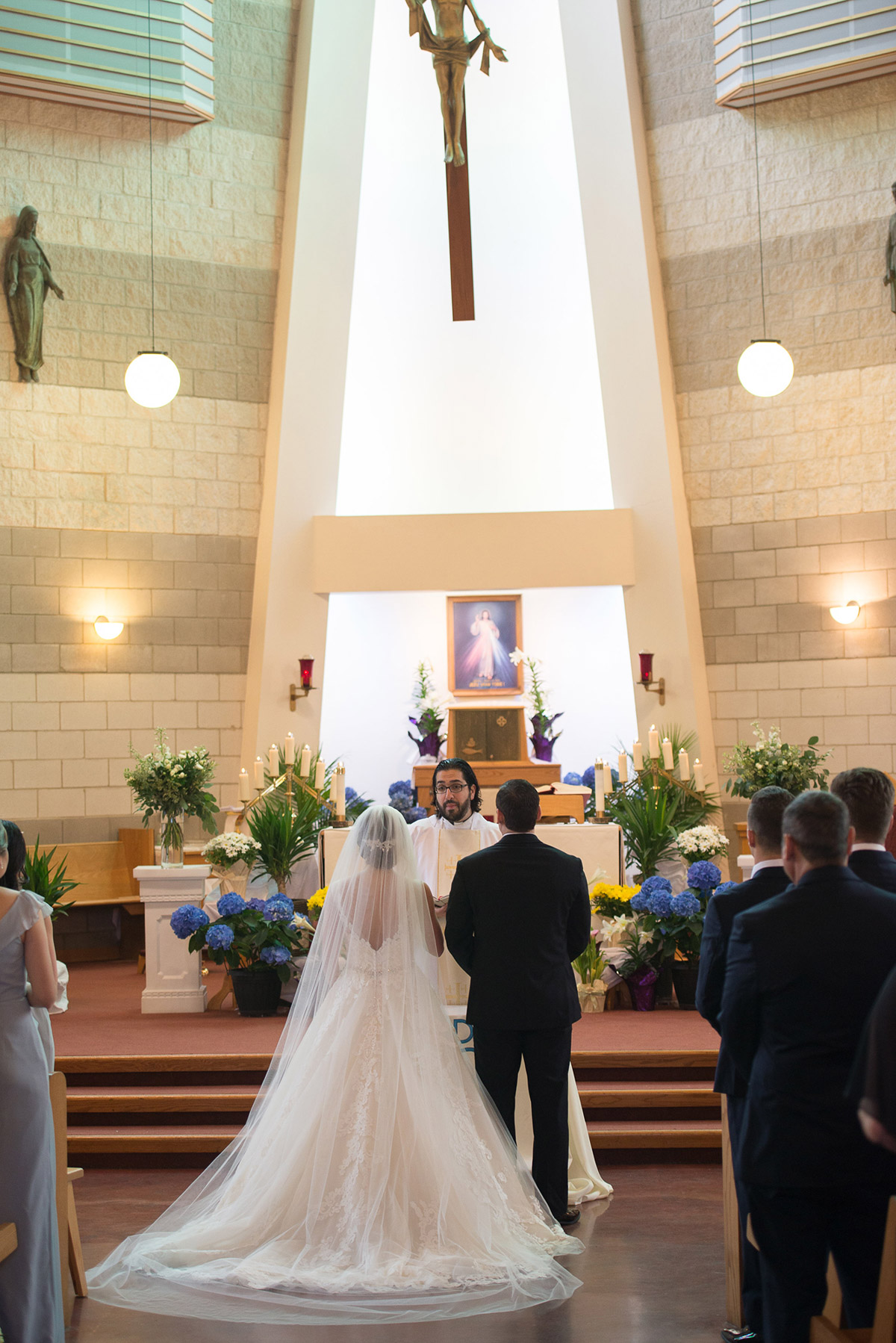 sounds-like-yellow-photography-vineyard-bride-swish-list-winona-vine-estates-winona-wedding-11.jpg