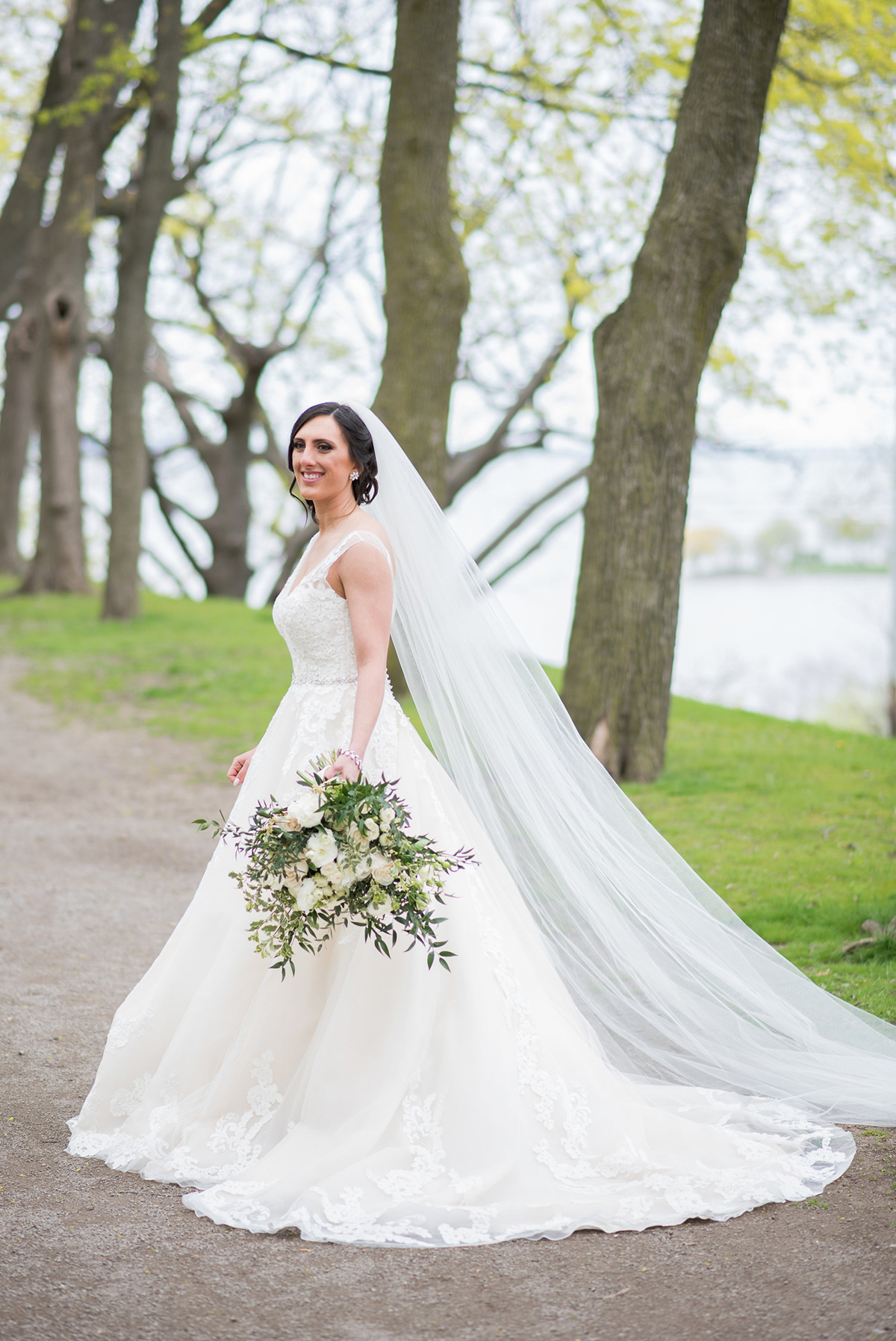 sounds-like-yellow-photography-vineyard-bride-swish-list-winona-vine-estates-winona-wedding-18.jpg