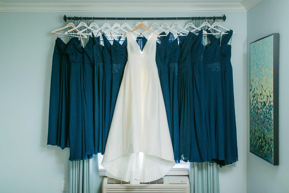 philosophy-studios-vineyard-bride-swish-list-chateau-des-charmes-niagara-on-the-lake-wedding-4.jpg