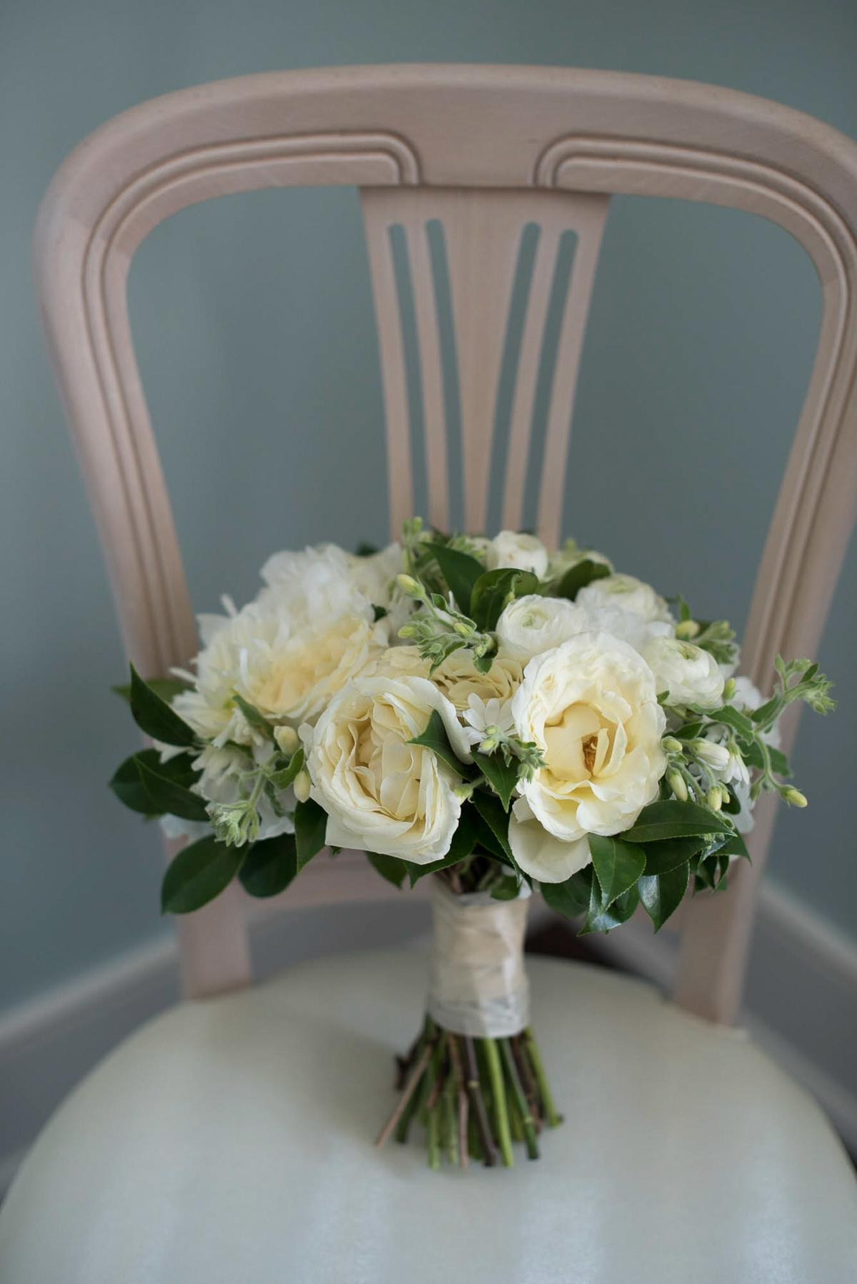 philosophy-studios-vineyard-bride-swish-list-chateau-des-charmes-niagara-on-the-lake-wedding-5.jpg