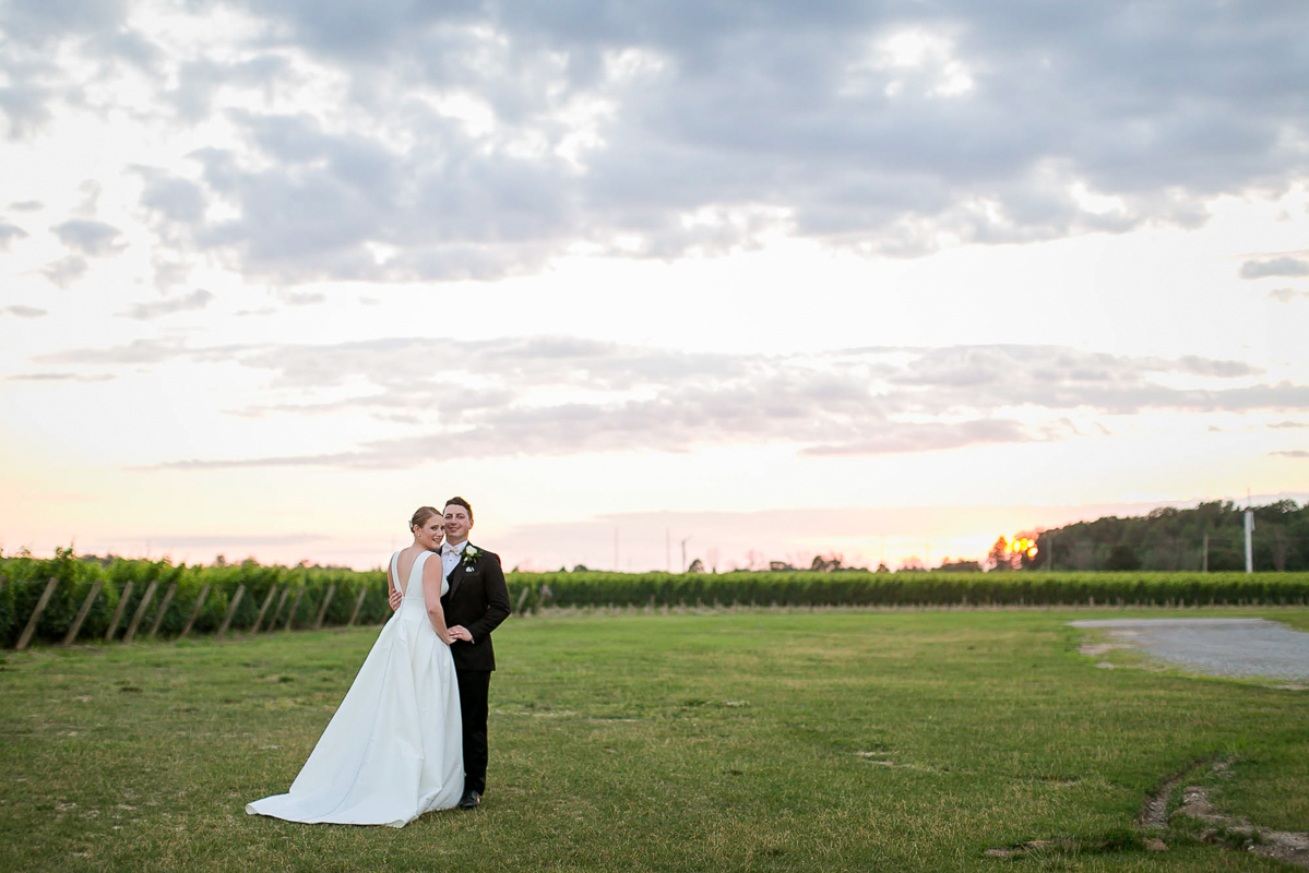 philosophy-studios-vineyard-bride-swish-list-chateau-des-charmes-niagara-on-the-lake-wedding-60.jpg