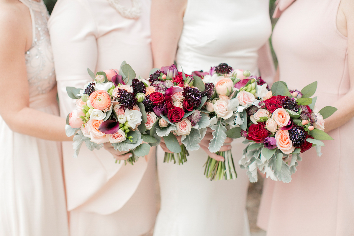 marshas-florals-vineyard-bride-swish-list-niagara-gta-2.jpg