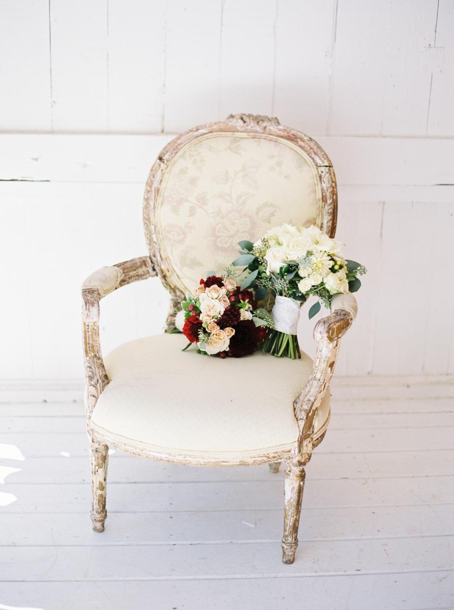 marshas-florals-vineyard-bride-swish-list-niagara-gta-3.jpg