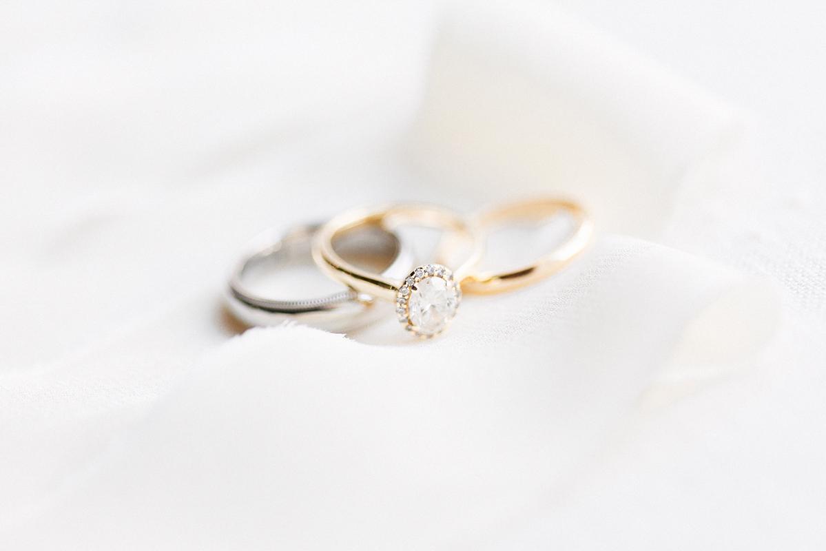 jennifer-xu-photography-vineyard-bride-swish-list-spice-factory-hamilton-wedding-8.jpg