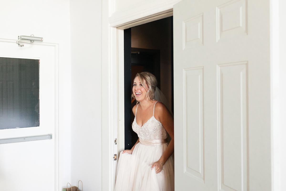 jennifer-xu-photography-vineyard-bride-swish-list-spice-factory-hamilton-wedding-11.jpg