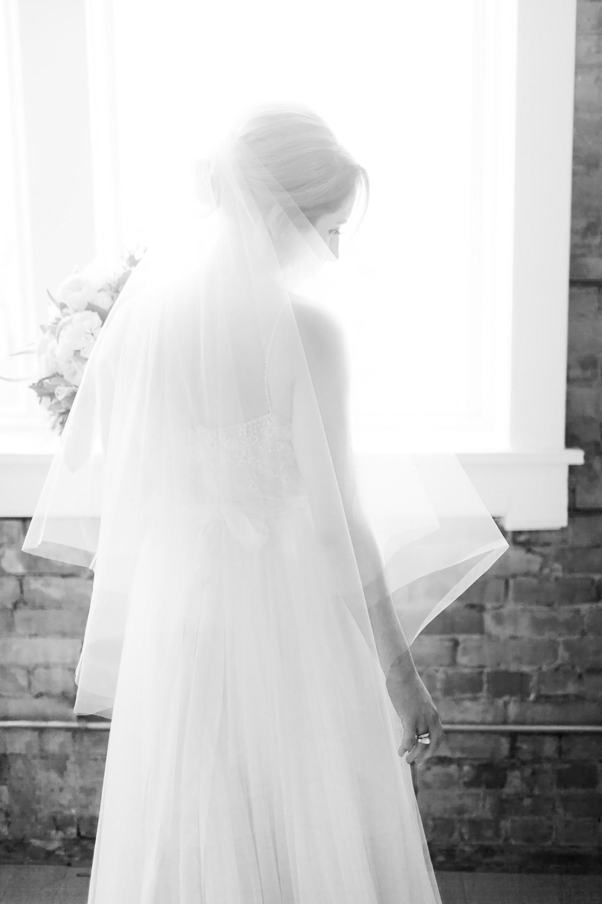 jennifer-xu-photography-vineyard-bride-swish-list-spice-factory-hamilton-wedding-17.jpg