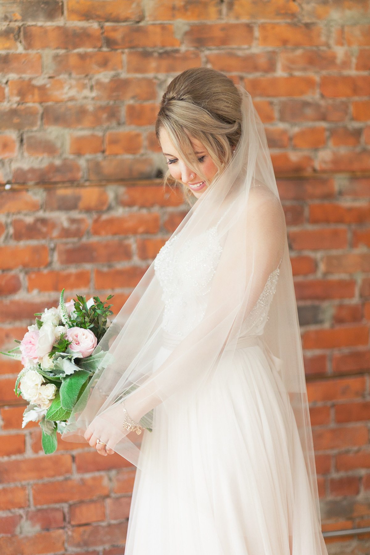 jennifer-xu-photography-vineyard-bride-swish-list-spice-factory-hamilton-wedding-19.jpg