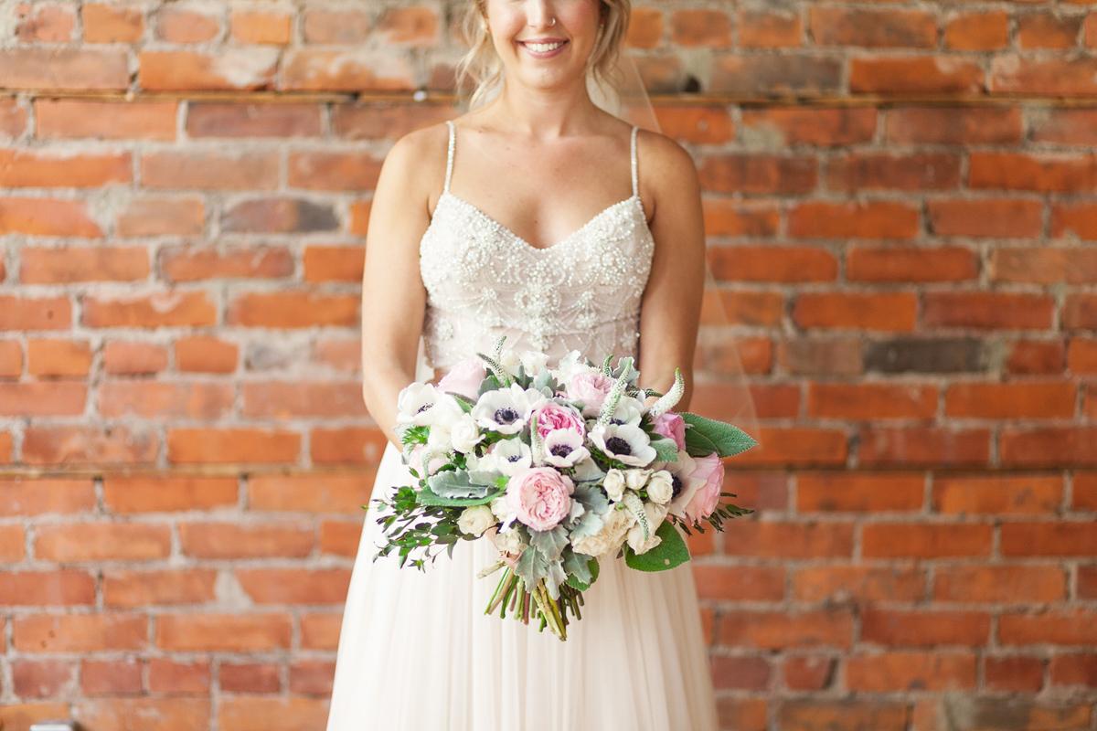 jennifer-xu-photography-vineyard-bride-swish-list-spice-factory-hamilton-wedding-22.jpg