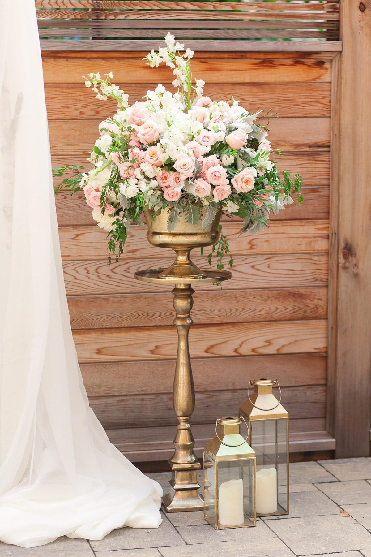 jennifer-xu-photography-vineyard-bride-swish-list-spice-factory-hamilton-wedding-26.jpg