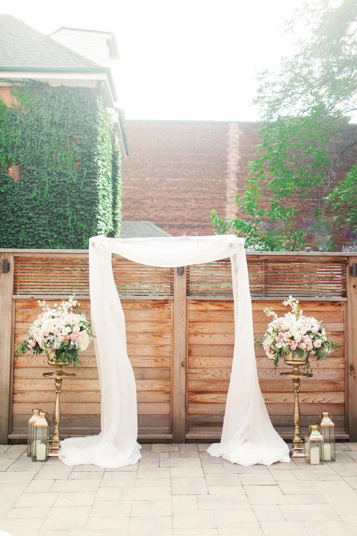 jennifer-xu-photography-vineyard-bride-swish-list-spice-factory-hamilton-wedding-27.jpg