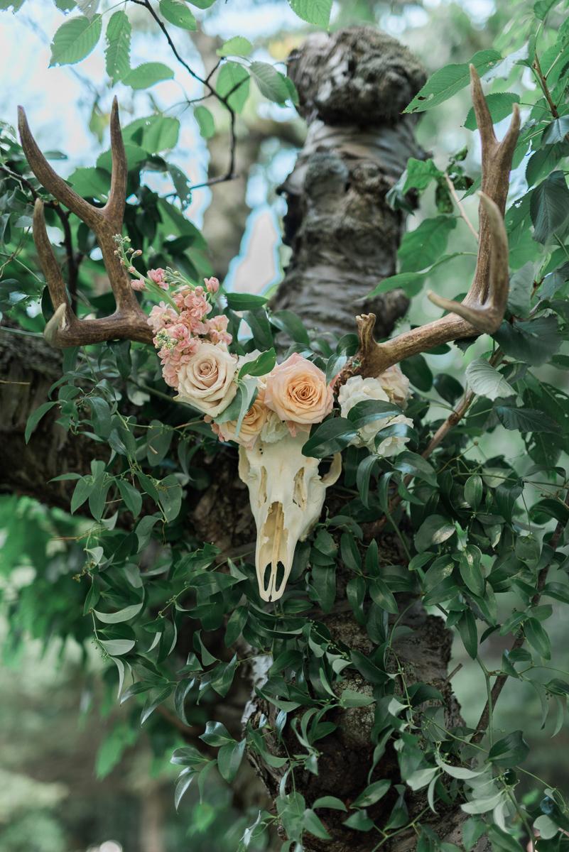 destiny-dawn-photography-vineyard-bride-swish-list-kurtz-orchards-niagara-on-the-lake-wedding-13.jpg