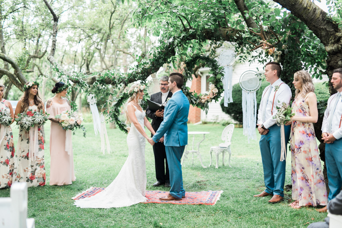 destiny-dawn-photography-vineyard-bride-swish-list-kurtz-orchards-niagara-on-the-lake-wedding-14.jpg