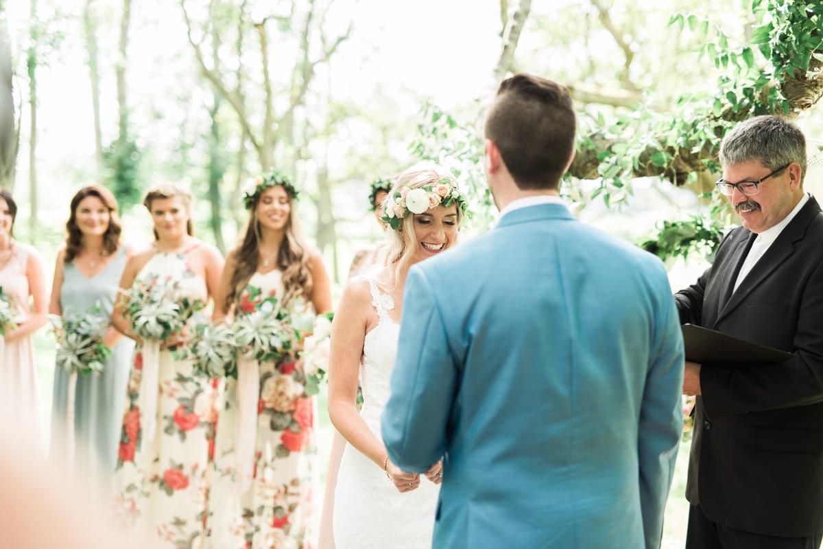 destiny-dawn-photography-vineyard-bride-swish-list-kurtz-orchards-niagara-on-the-lake-wedding-16.jpg