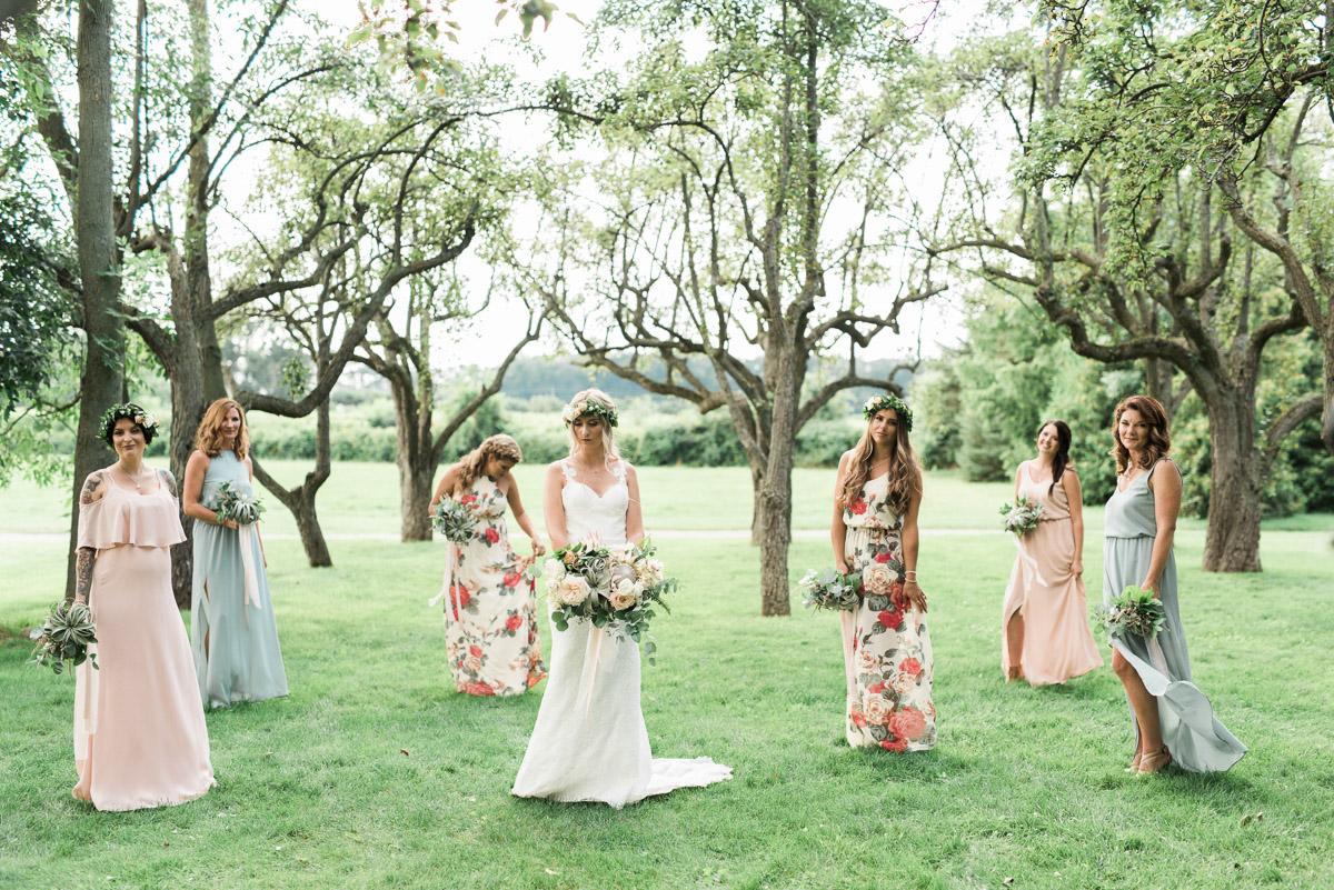 destiny-dawn-photography-vineyard-bride-swish-list-kurtz-orchards-niagara-on-the-lake-wedding-19.jpg