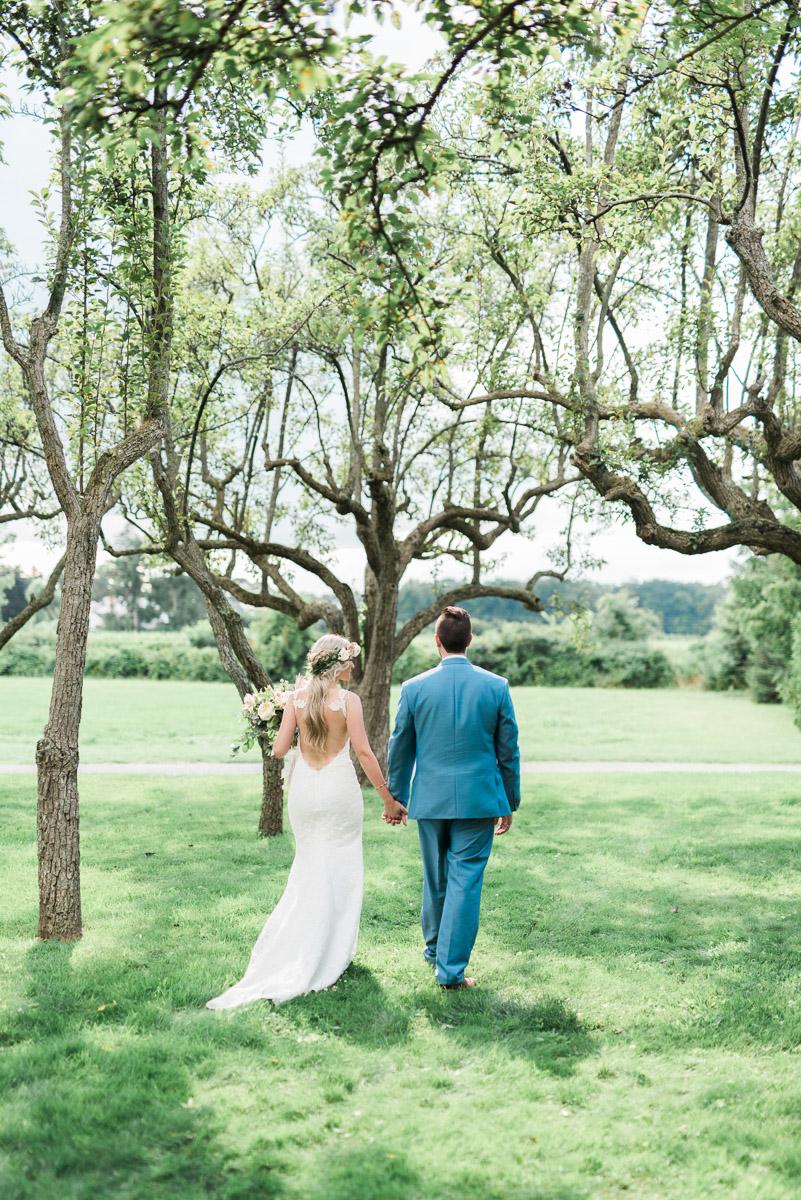 destiny-dawn-photography-vineyard-bride-swish-list-kurtz-orchards-niagara-on-the-lake-wedding-22.jpg