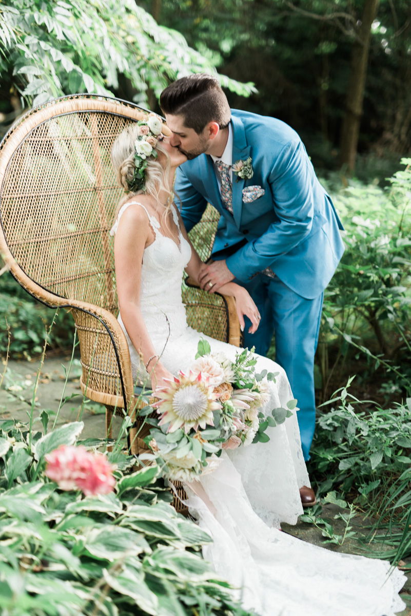 destiny-dawn-photography-vineyard-bride-swish-list-kurtz-orchards-niagara-on-the-lake-wedding-24.jpg