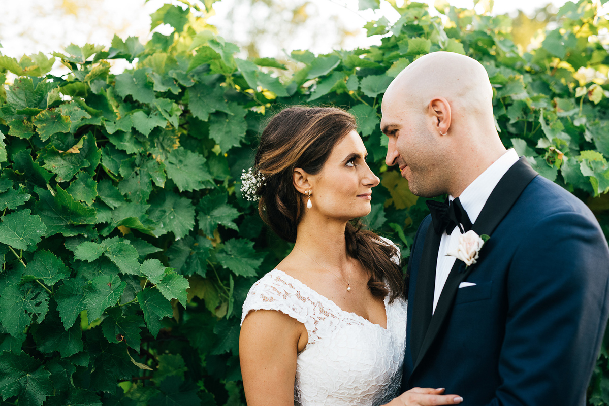 shaw-events-vineyard-bride-swish-list-kurtz-orchards-niagara-on-the-lake-wedding-9.jpg