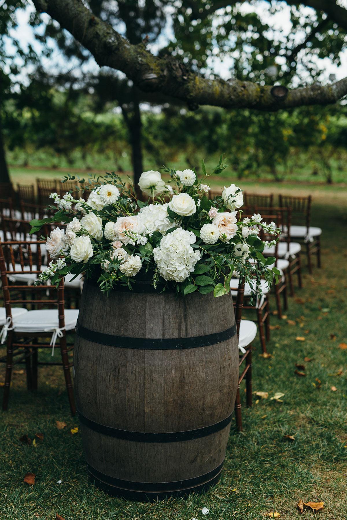 shaw-events-vineyard-bride-swish-list-kurtz-orchards-niagara-on-the-lake-wedding-14.jpg