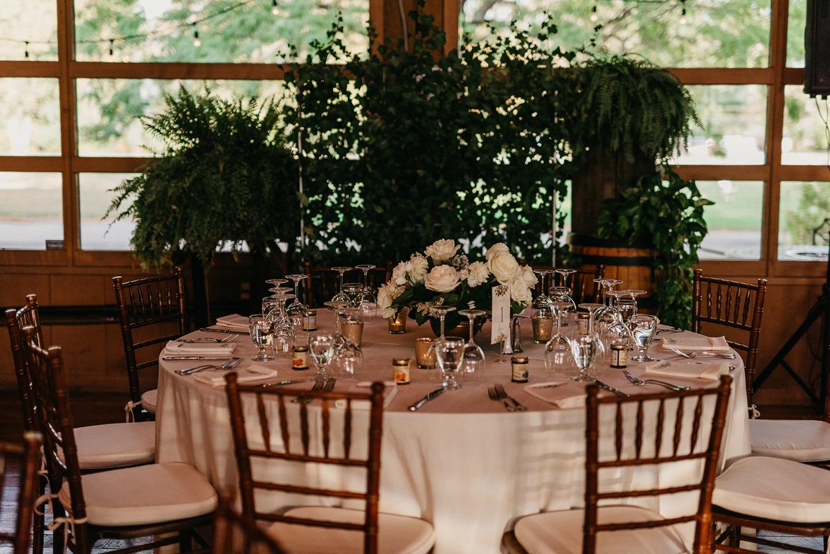 shaw-events-vineyard-bride-swish-list-kurtz-orchards-niagara-on-the-lake-wedding-18.jpg