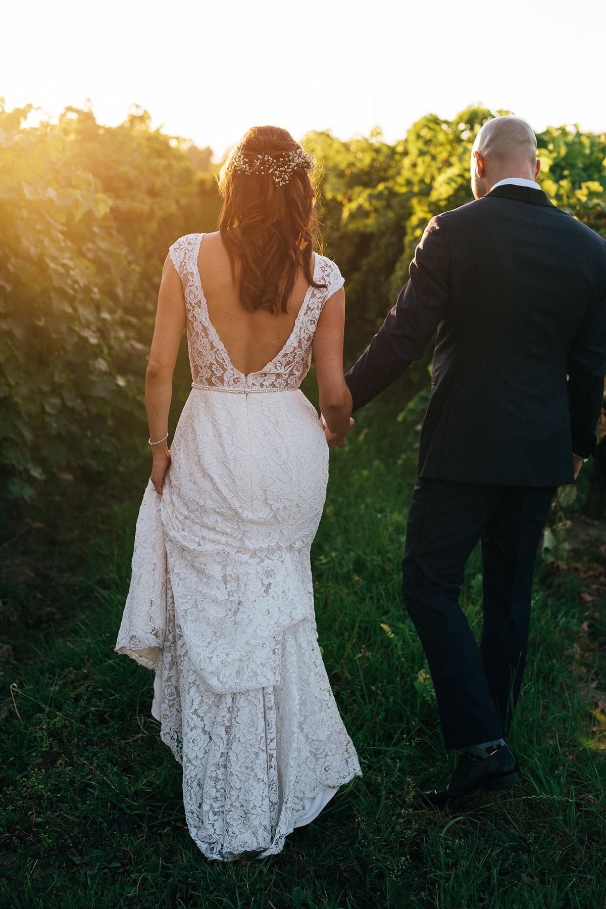 shaw-events-vineyard-bride-swish-list-kurtz-orchards-niagara-on-the-lake-wedding-19.jpg