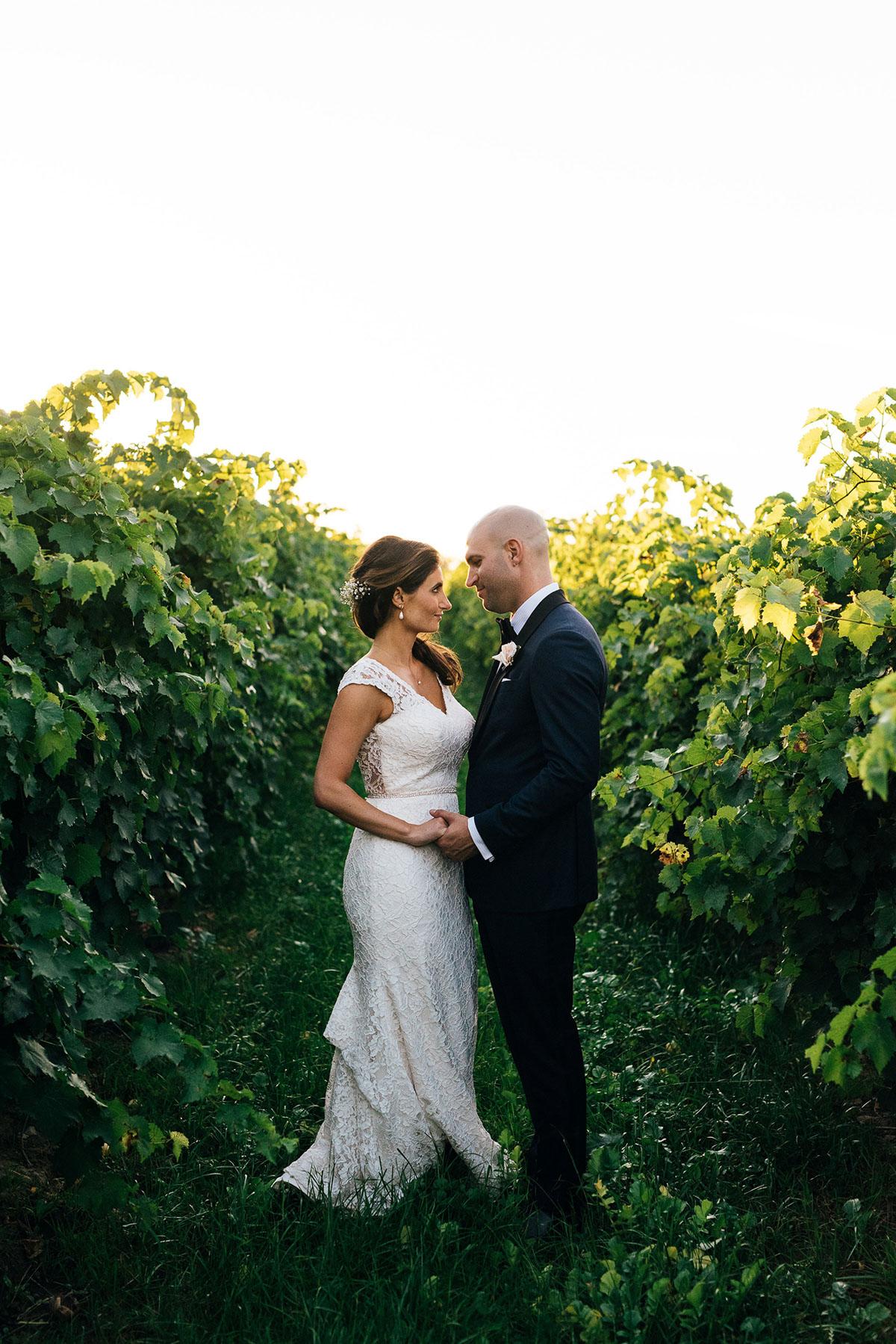 shaw-events-vineyard-bride-swish-list-kurtz-orchards-niagara-on-the-lake-wedding-26.jpg