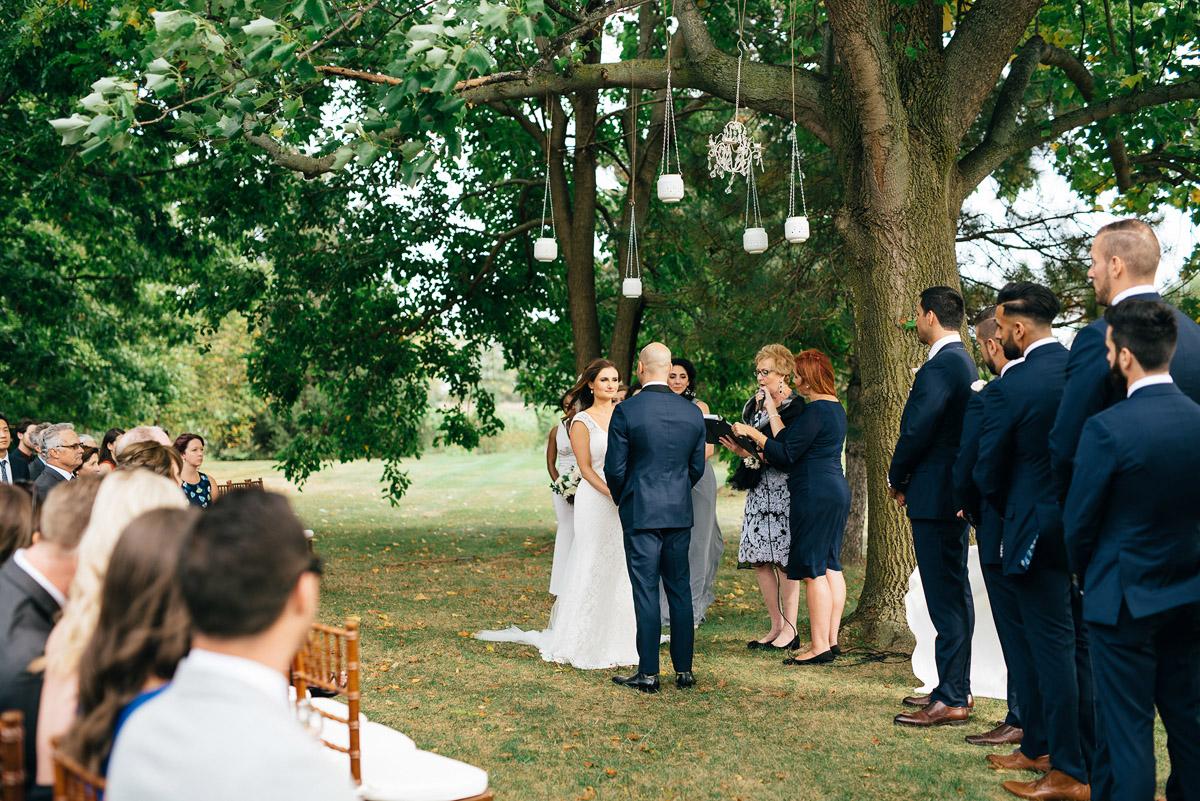 shaw-events-vineyard-bride-swish-list-kurtz-orchards-niagara-on-the-lake-wedding-29.jpg