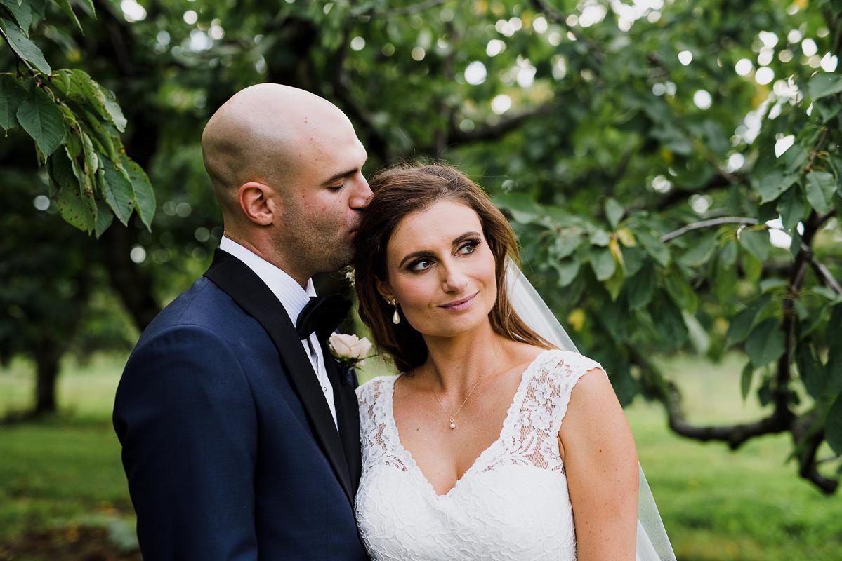 shaw-events-vineyard-bride-swish-list-kurtz-orchards-niagara-on-the-lake-wedding-30.jpg