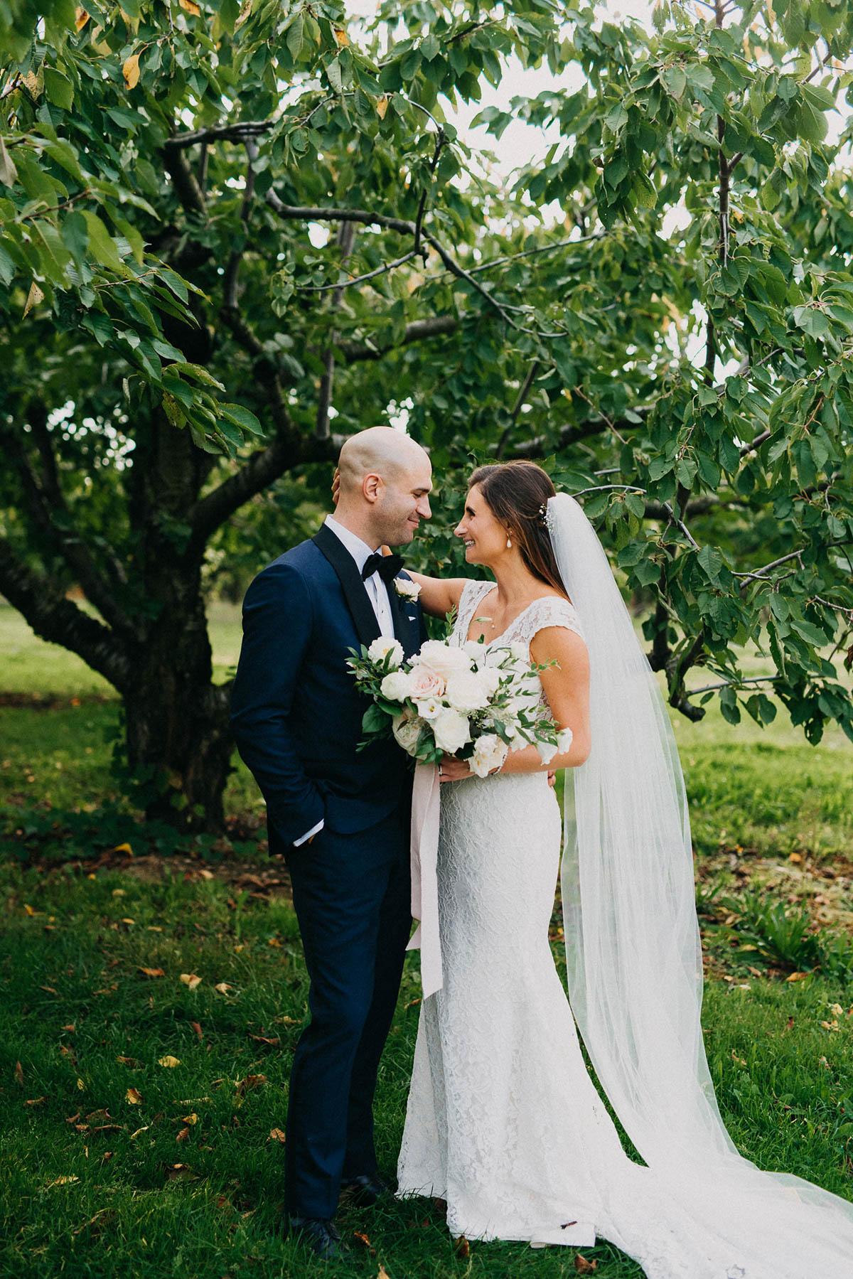 shaw-events-vineyard-bride-swish-list-kurtz-orchards-niagara-on-the-lake-wedding-36.jpg