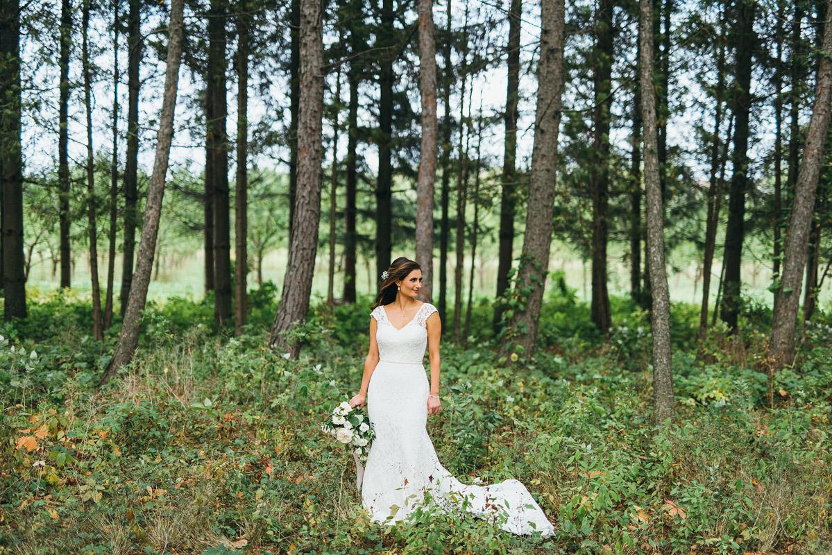 shaw-events-vineyard-bride-swish-list-kurtz-orchards-niagara-on-the-lake-wedding-41.jpg